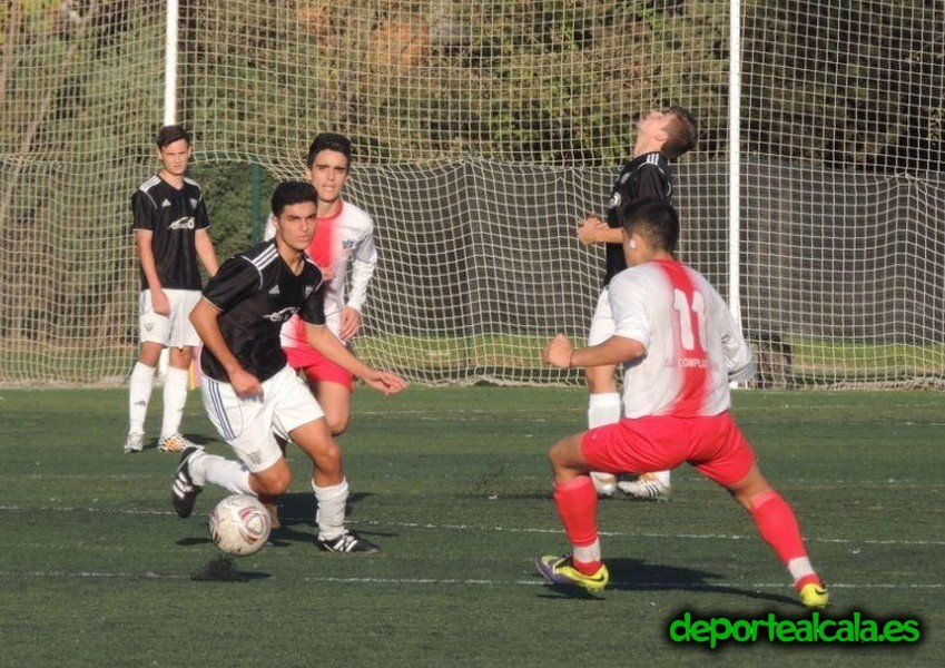 El Juvenil «A» del AD Complutense se divierte y golea 5-0
