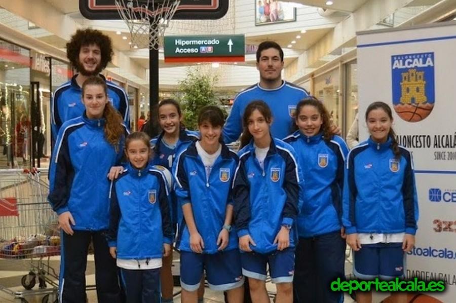 Baloncesto Alcalá recoge casi 450kg con su V Lanzamiento Solidario
