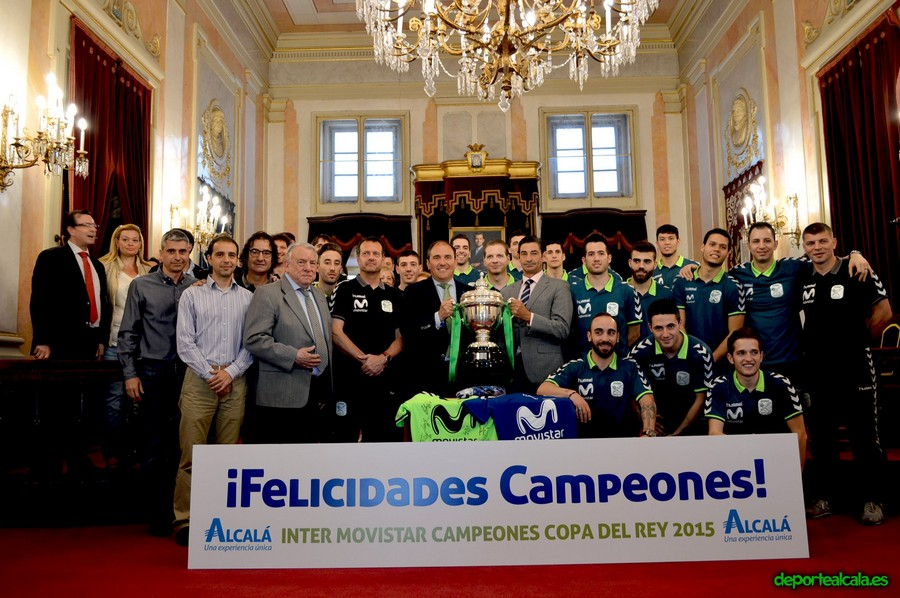 Inter Movistar rinde homenaje a su afición en la visita al Ayto de Alcalá