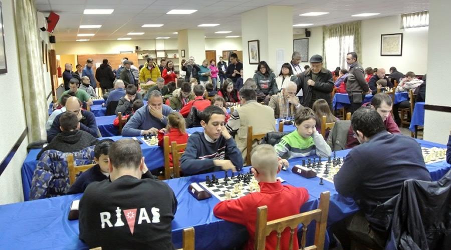El Club Ajedrez Alcalá celebra el III Torneo de Navidad