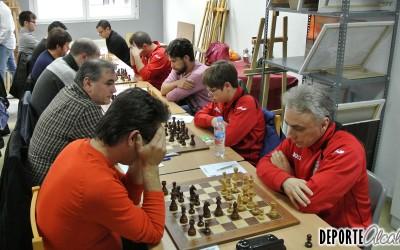 Gran éxito del Ajedrez Alcalá en el cierre de la liga