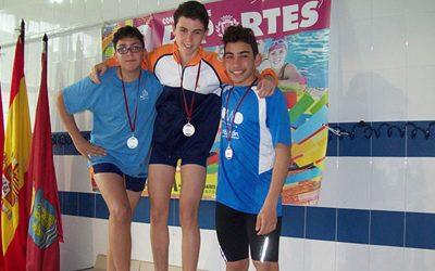 Más de 170 nadadores participan en la 5ª Jornada de Natación Escolar