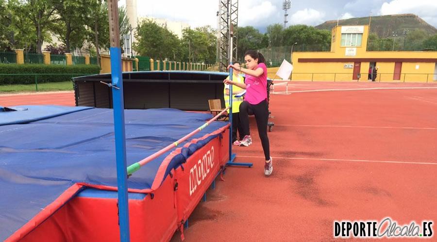 El atletismo está de moda en Alcalá con Ajalkalá